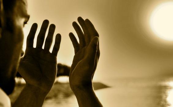 Photo of Mengikhlaskan Niat Kepada Allah Subhanahuwata'ala