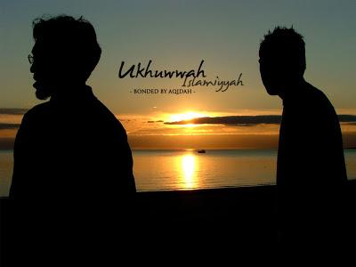 Photo of Ukhuwah Islamiyah: Ta'rif, Pemeliharaan Dan Adab-Adabnya
