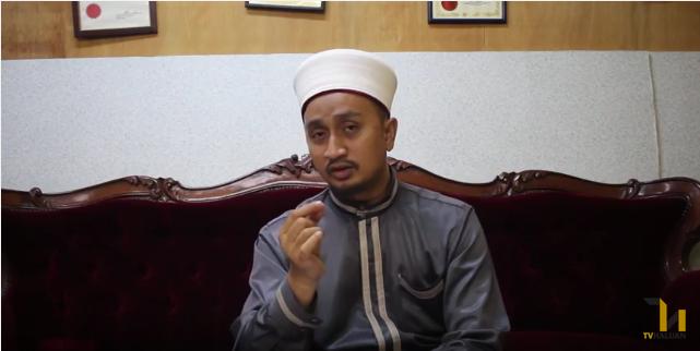 Photo of Video: Pengajaran Daripada Pohon Kurma (Siri 10: Seorang Muslim Mestilah Bermanfaat Untuk Orang Lain)