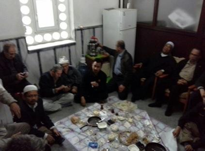 Photo of Kp: Memelihara Kaliti Asas (4):Mengamal Erti Mukhalathah (Bergaul) &  Uzlah Yang Benar